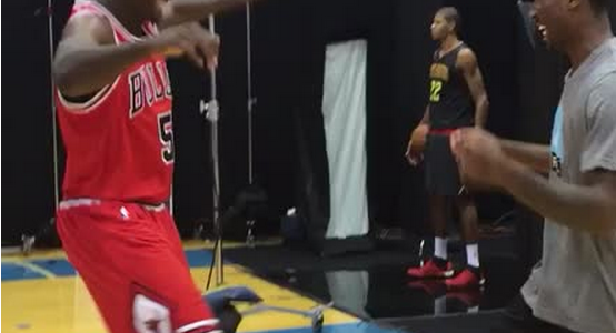 [VIDEO] Bobby Portis showing off his old school dance moves