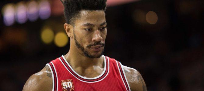 BREAKING: Bulls trade Derrick Rose to Knicks for Lopez & Grant